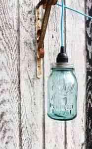 Lámpara con objetos reciclados 5