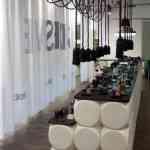 Teun Fleskens diseña el interior de las zapaterias Shoesme 7