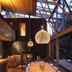 Mansión de madera con grandes ventanales de Herbst Architects 2