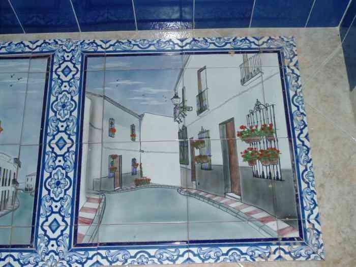 Azulejos Para Baño Pintados A Mano:Azulejo pintado a mano con técnica pizano – Decoración de Interiores