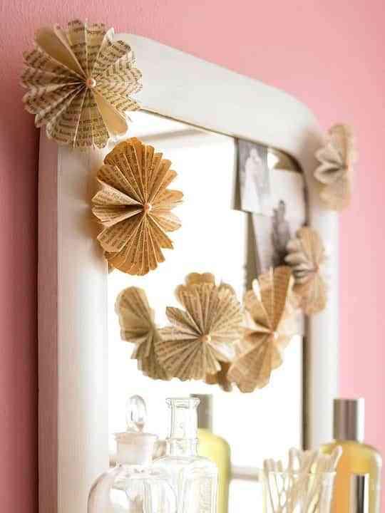 Original y sencillo detalle para decorar espejos Decoracin de