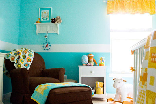 Habitaciones en dos colores decoraci n de interiores for Paredes bicolor