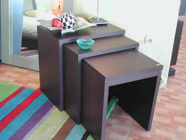 Matrioskas en el sal n mesas nido decoraci n de interiores opendeco - Mesas auxiliares pequenas ...