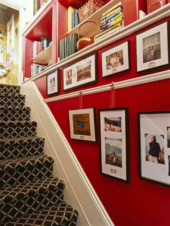 Ideas Para Colgar Cuadros En Las Escaleras Decoracion De - Cuadros-para-escaleras