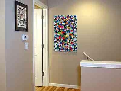 Diy reciclar tapes de pl stico decoraci n de interiores opendeco - Decorar paredes reciclando ...