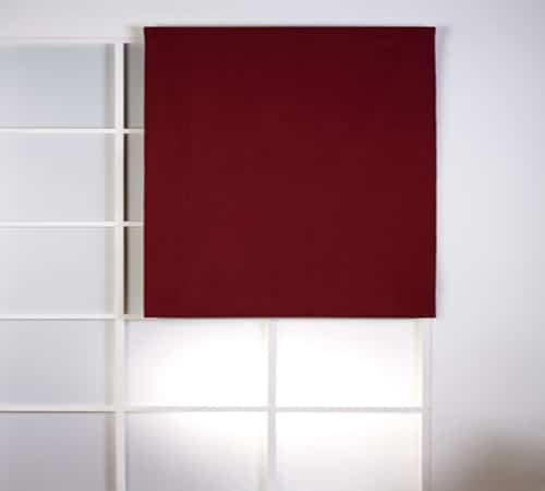 Utiliza los estores para decorar tus paredes 2