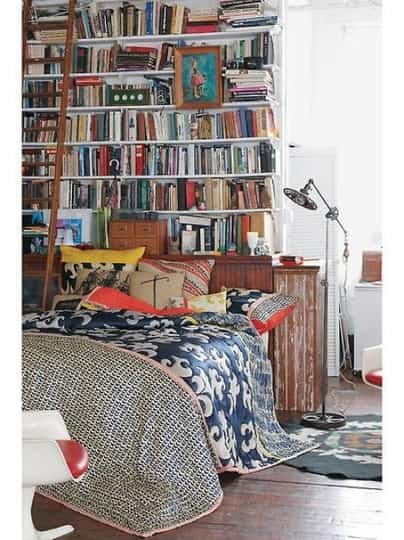 Una habitaci n con libros decoraci n de interiores for Decoracion con libros