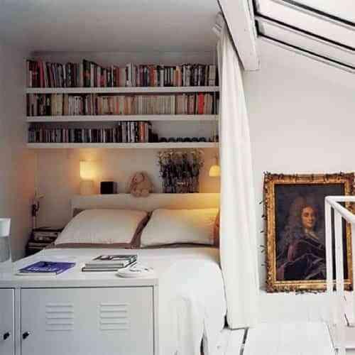 una habitaci n con libros decoraci n de interiores