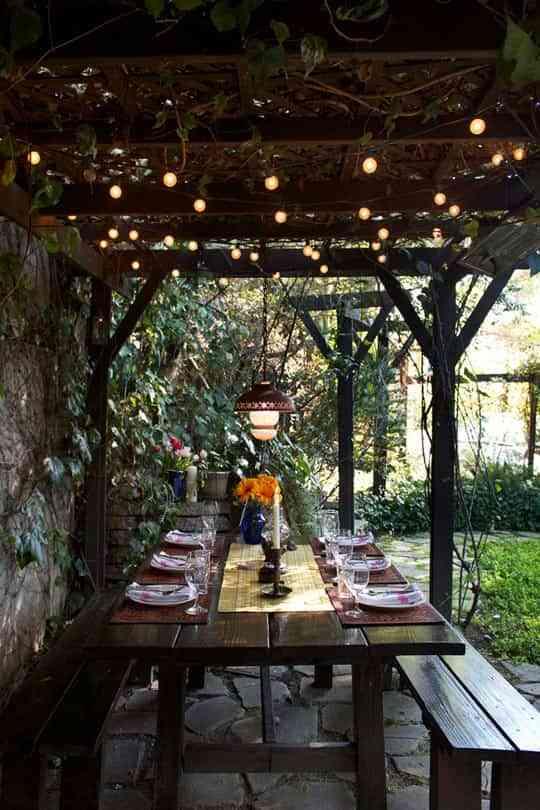 los porches son una zona perfecta para disfrutar del buen tiempo ahora que viene la primavera el solecito los das de ms calor - Porches Rusticos
