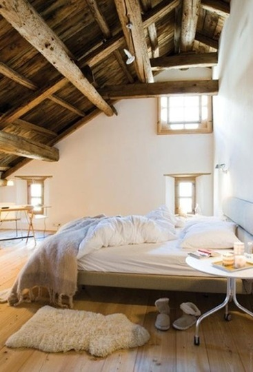 decoracion de interiores habitaciones rusticas : decoracion de interiores habitaciones rusticas:Attic Bedrooms with Exposed Beams Ceiling