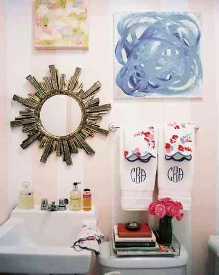 Ideas para llenar de color el baño 3