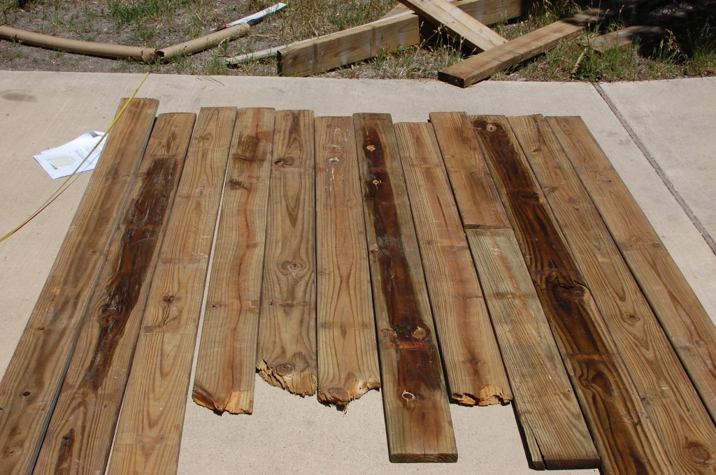 Diy cabecero en madera decoraci n de interiores opendeco - Cabecero tablas madera ...