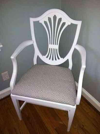 Una silla como nueva con una mano de pintura 2