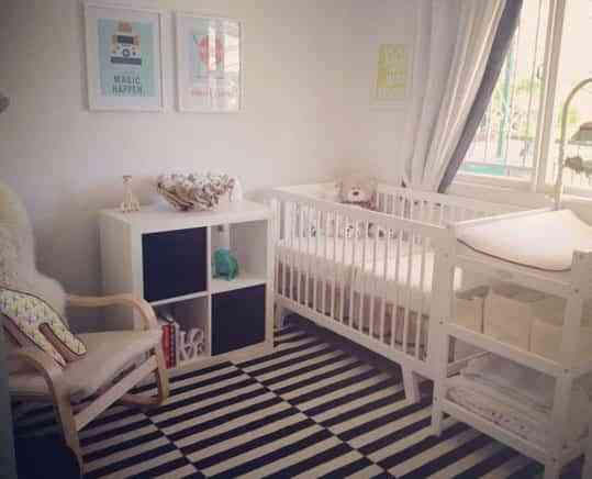 La habitación del bebé, en blanco y negro 1