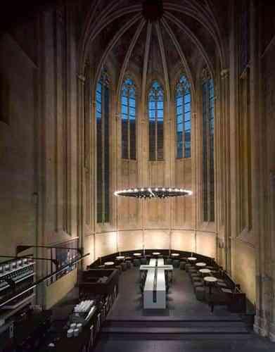 libreria-iglesia-maastrich-2