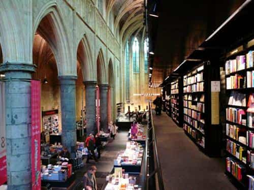 libreria-iglesia-maastrich-3