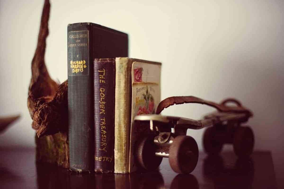Ideas para decorar con libros 4