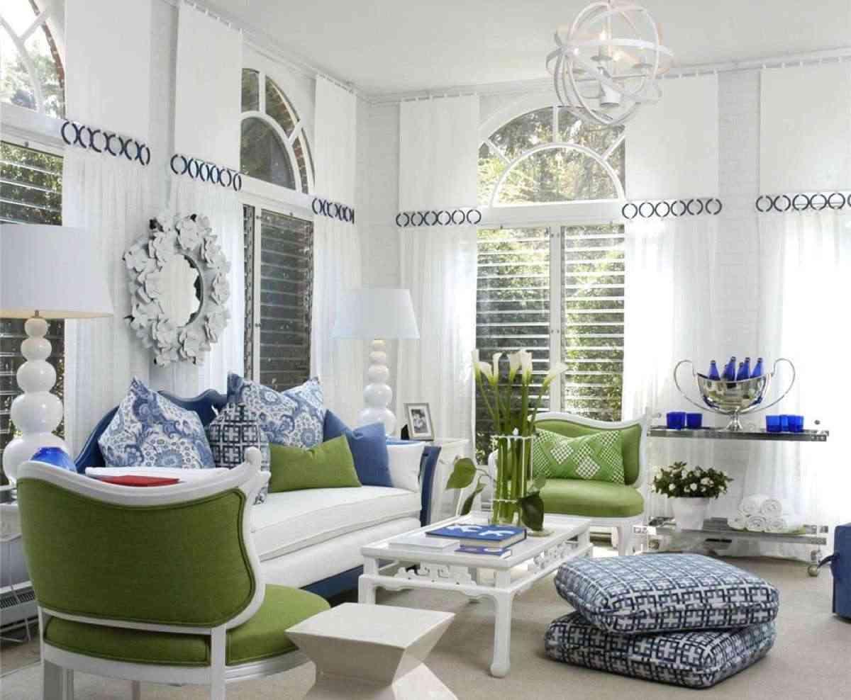 Blanco, azul y verde, una buena combinación decorar en verano
