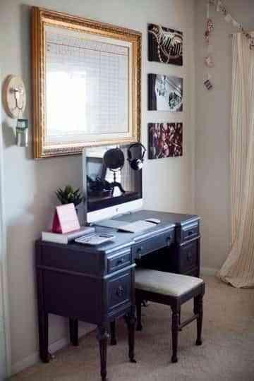 Una oficina en casa de estilo retro 1