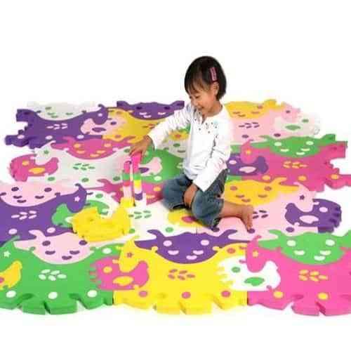 Alfombras puzzles para decorar el cuarto infantil
