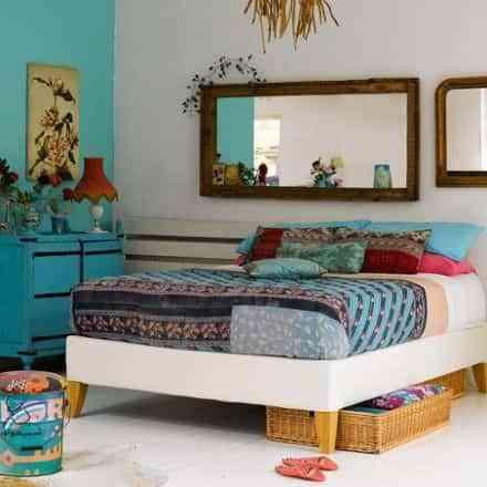 decoracion espejos en la cama