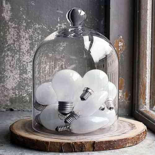 Ideas para convertir bombillas viejas en artesanias