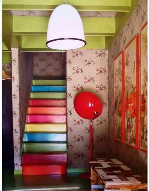 pintar escaleras en colores