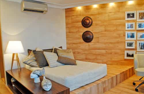 decorar pared de madera
