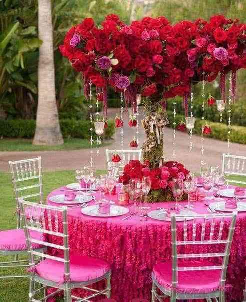 Un centro de mesa romántico