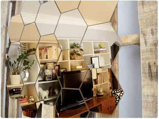 Decorar con un panal de espejos for Espejos originales para salon