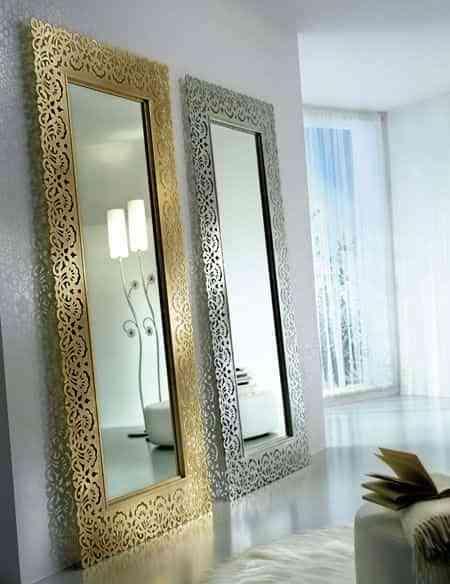 espejos sobre la pared