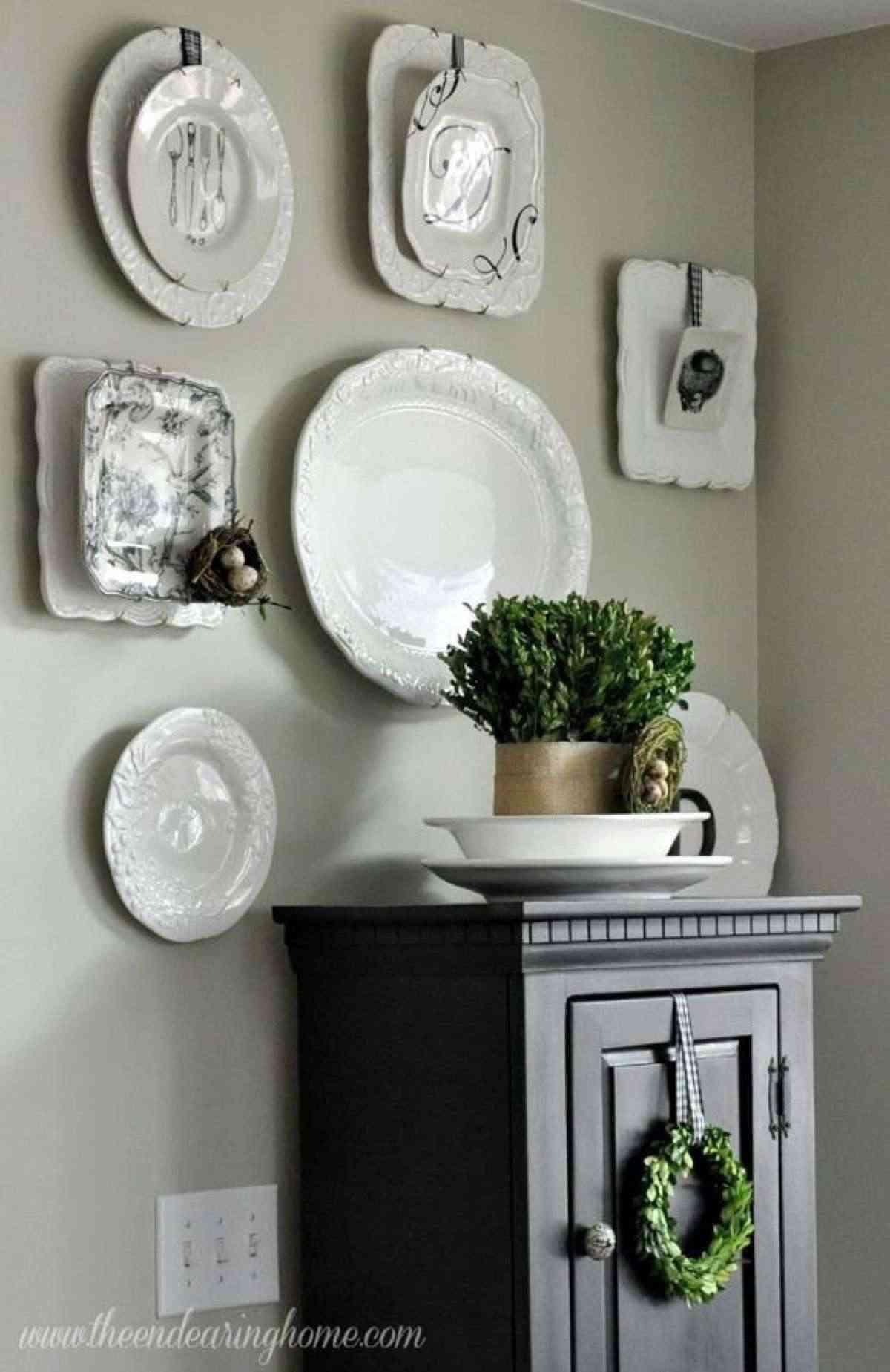 decorar con platos la cocina