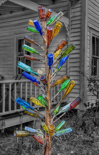 Colored Bottle Tree
