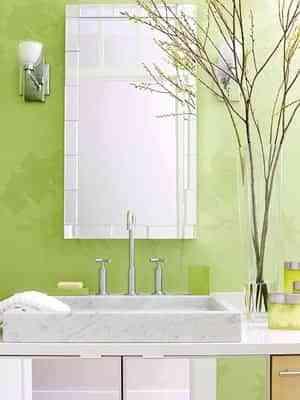 Pintar paredes de color verde en primavera