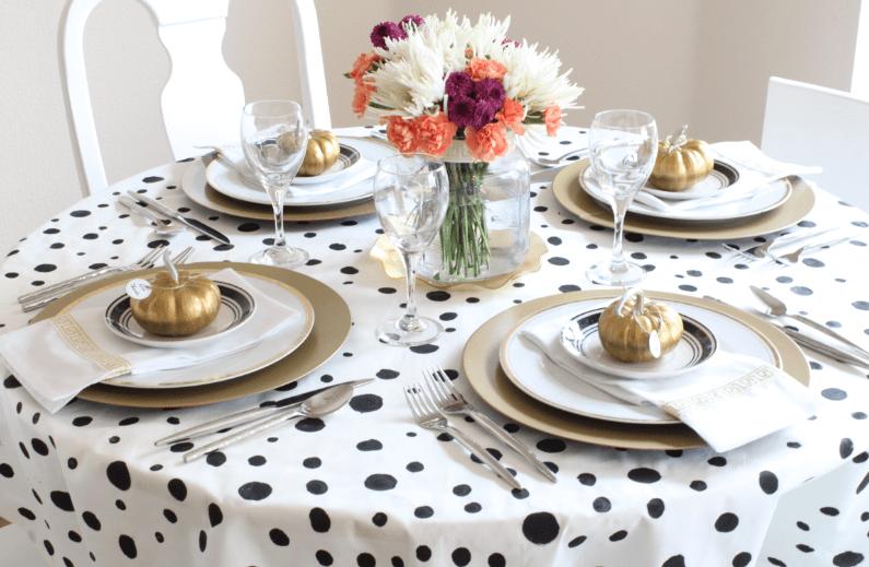 tela decorando mesa