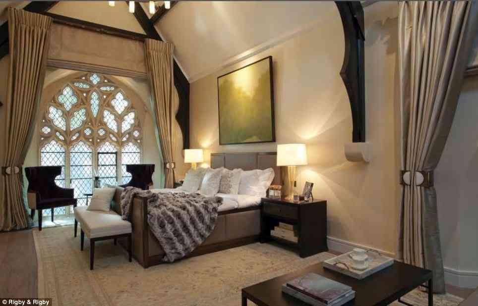 Te atrever as a vivir en una antigua iglesia convertida - Dormitorios de lujo ...