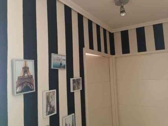 Líneas horizontales en paredes y techos