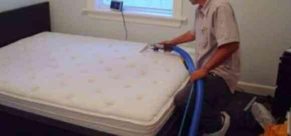 Elimina las manchas del colchón