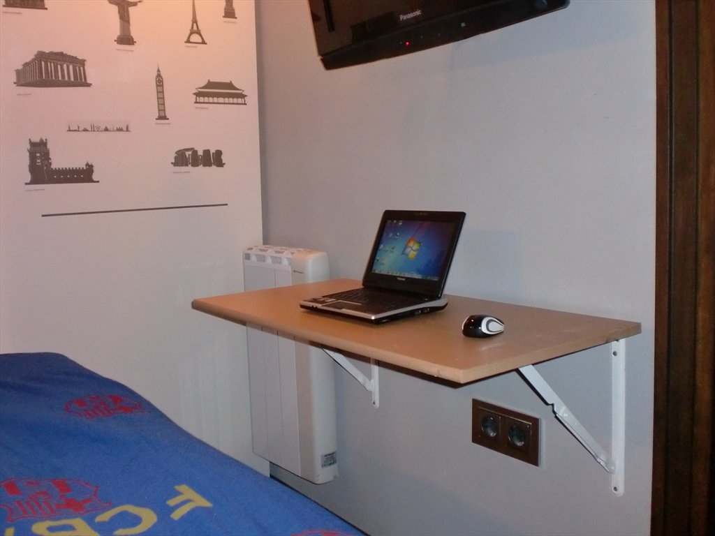 Qu muebles necesitas para una habitaci n peque a - Escritorio para habitacion ...