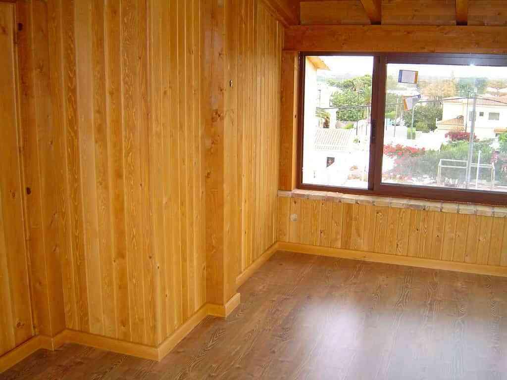 Lamas de madera para pared finest dormitorio blanco con for Lamas vinilo pared