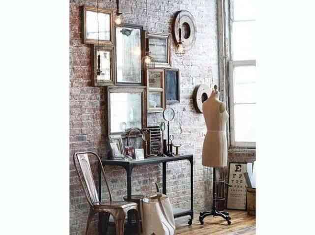 Adornar las paredes con espejos