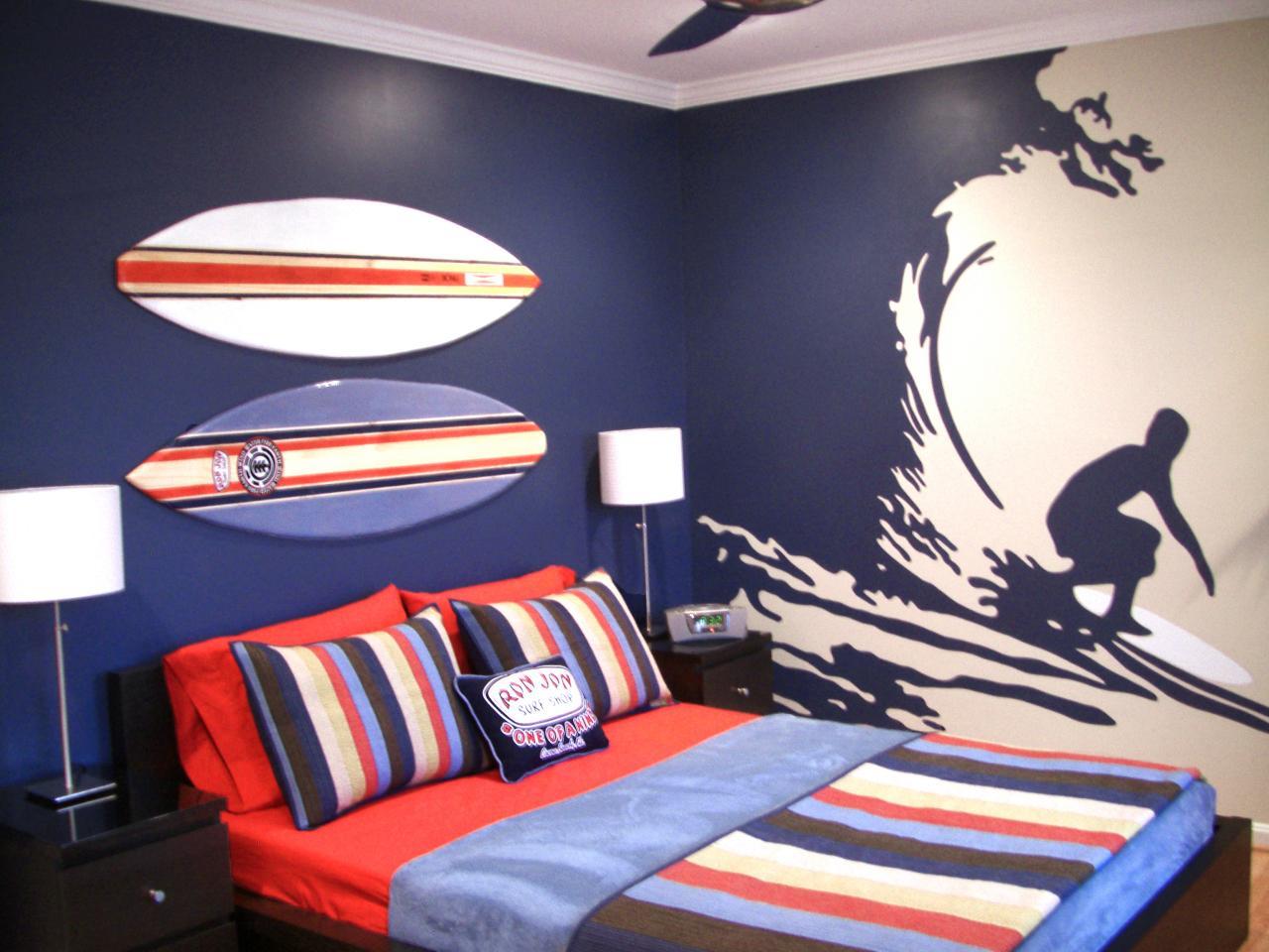 Cómo decorar una habitación de varón