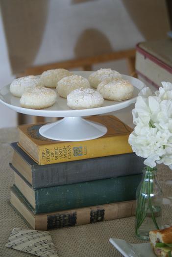 apoyo de libros para comida
