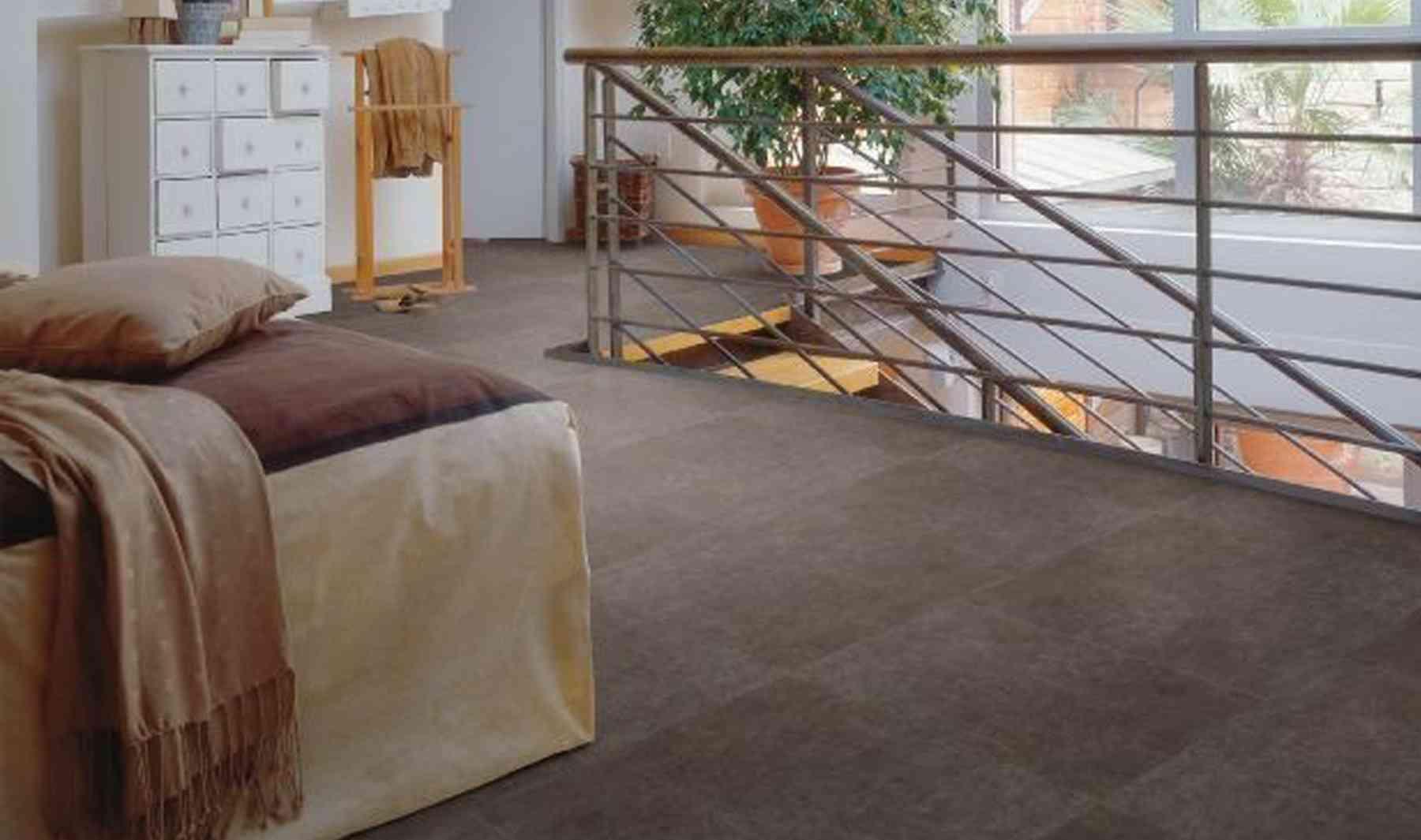 C mo elegir el suelo adecuado para nuestra vivienda for Vinilo adhesivo suelo bano