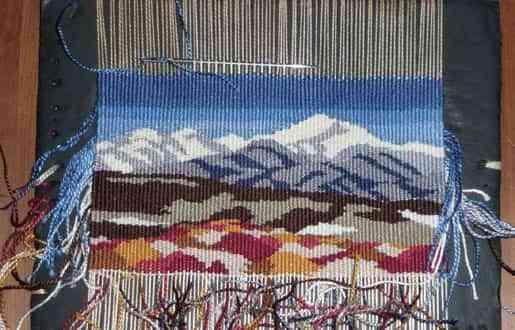 Crear diferentes tapices de lana
