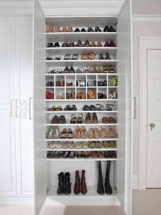 Ideas para guardar zapatos y ganar espacio de almacenaje - Almacenaje zapatos ...