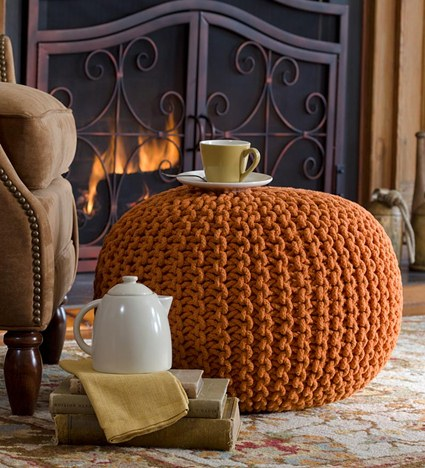 decorar con puffs de crochet V