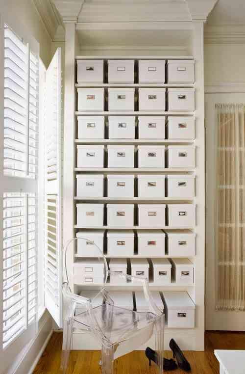 Ideas para guardar zapatos y ganar espacio de almacenaje for Cajas para guardar ropa armario