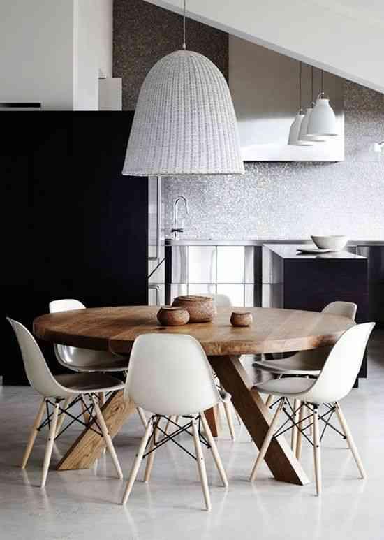 Ventajas de contar con una mesa redonda en el comedor for Mesa comedor redonda extensible madera
