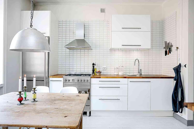 Materiales y acabados de cocinas cu l es la mejor opci n for Color credence cocina blanca